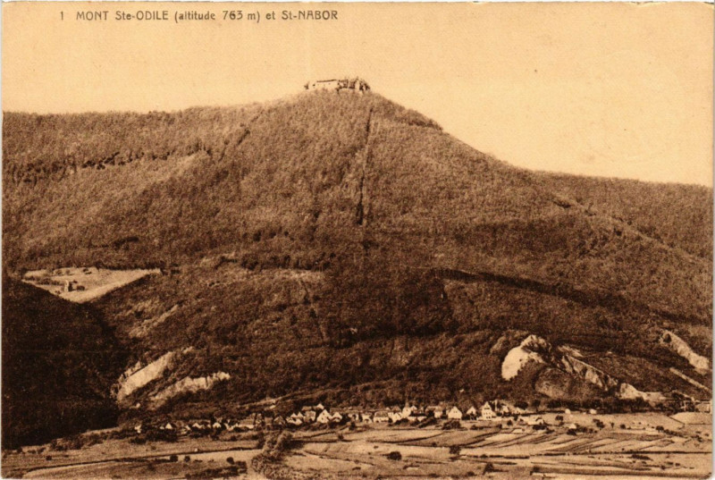 Carte postale ancienne Mont Sainte-Odile et Saint-Nabor à Saint-Nabor
