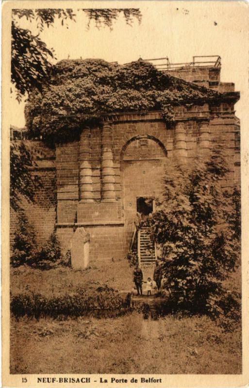 Carte postale ancienne Neuf-Brisach - La Porte de Belfort à Neuf-Brisach