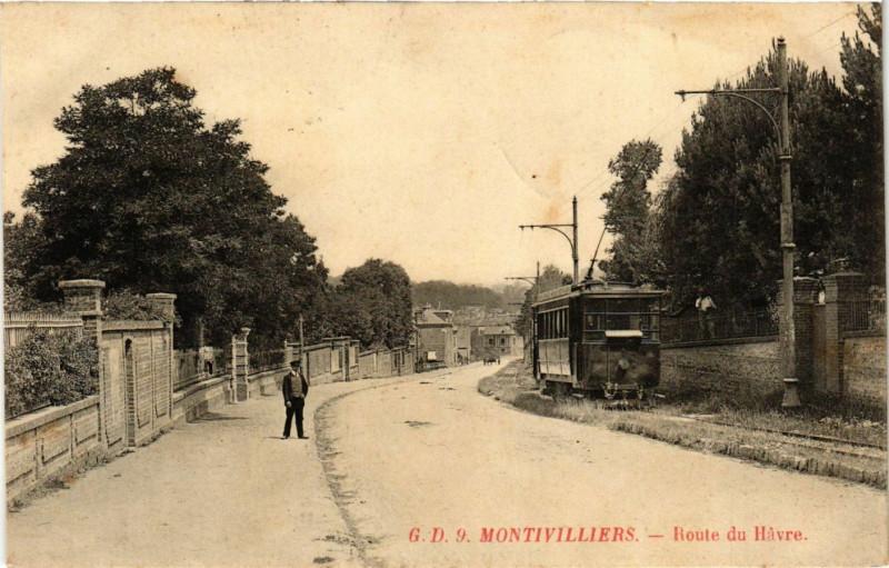 Carte postale ancienne Montivilliers-Route du Havre à Montivilliers