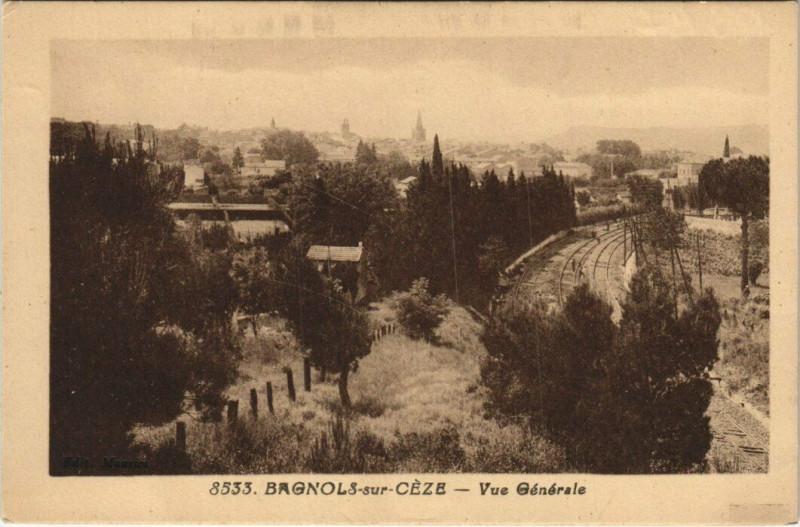 Carte postale ancienne Bagnols sur Ceze - Vue générale à Bagnols-sur-Cèze