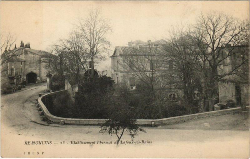 Carte postale ancienne Remoulins - Etablissement Thermal de Lafoux-les-Bains à Remoulins