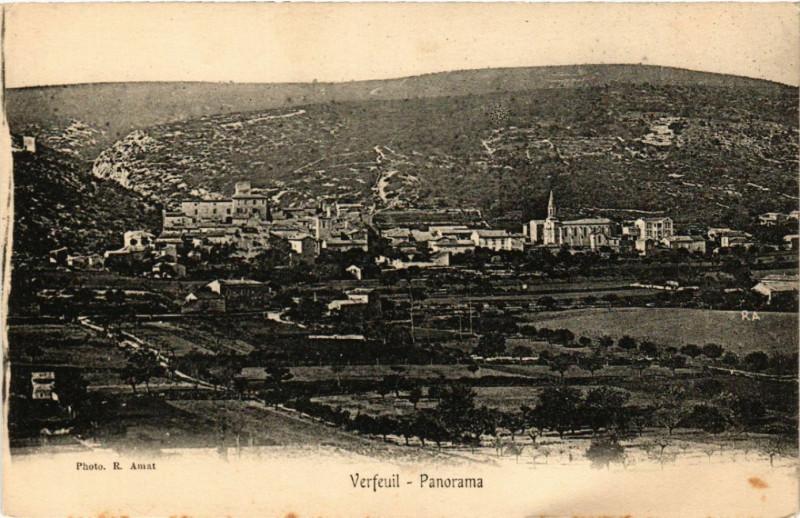 Carte postale ancienne Verfeuil - Panorama à Verfeuil