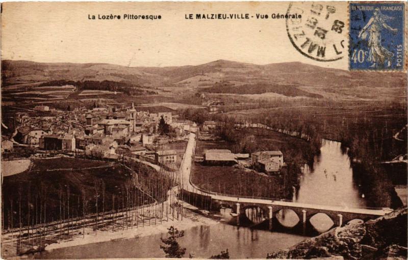 Carte postale ancienne Le Malzieu-Ville - Vue générale au Malzieu-Ville