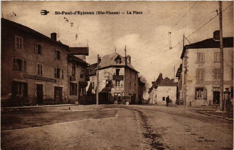 Carte postale ancienne Saint-Paul-D'Eyjeaux La Place à Eyjeaux