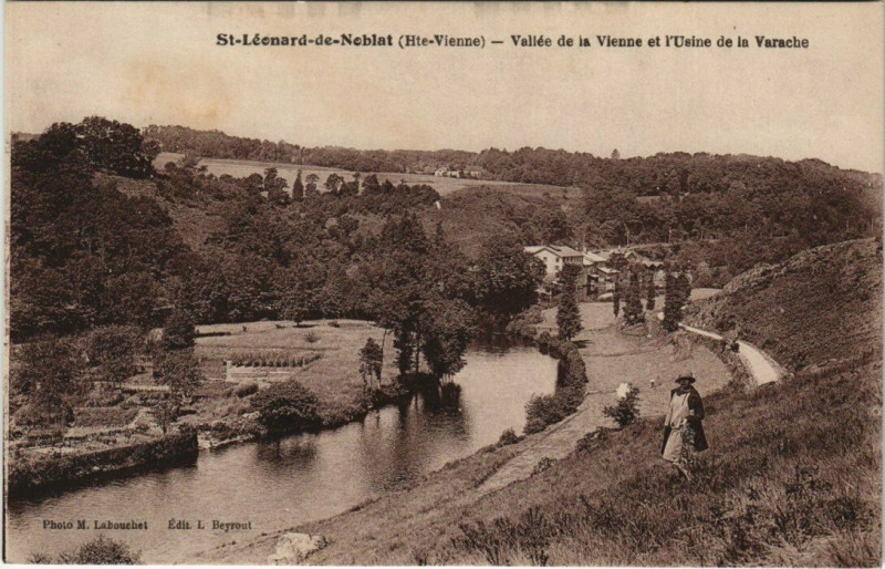 Carte postale ancienne Saint-Leonard-de-Noblat Vallée de la Vienne et l'Usine de la Varache à Saint-Léonard-de-Noblat