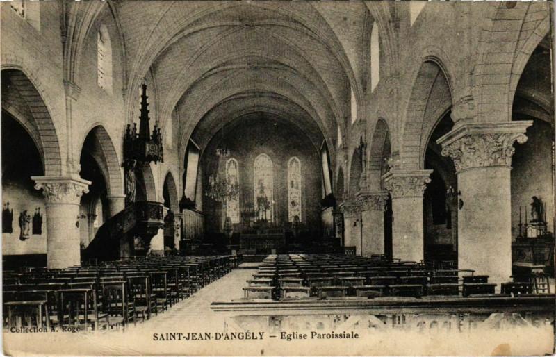 Carte postale ancienne Saint-Jean-d'Angely - Eglise Paroissiale à Saint-Jean-d'Angély