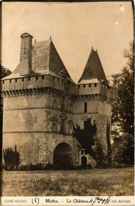 Carte postale ancienne Matha - Le Chateau à Matha