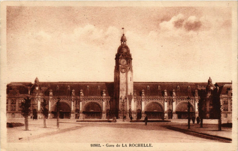 Carte postale ancienne Gare de La Rochelle à La Rochelle