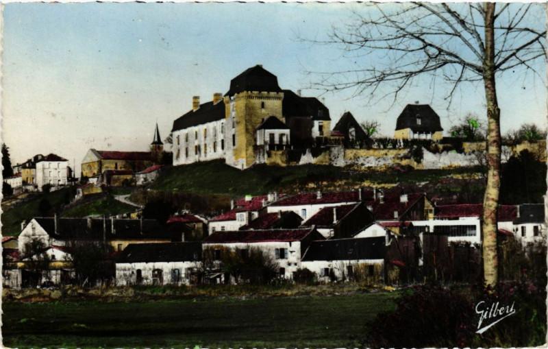 Carte postale ancienne Chalais (Charente) - Le Chateau Xiii et Xvi Siécles - Ancienne . à Chalais