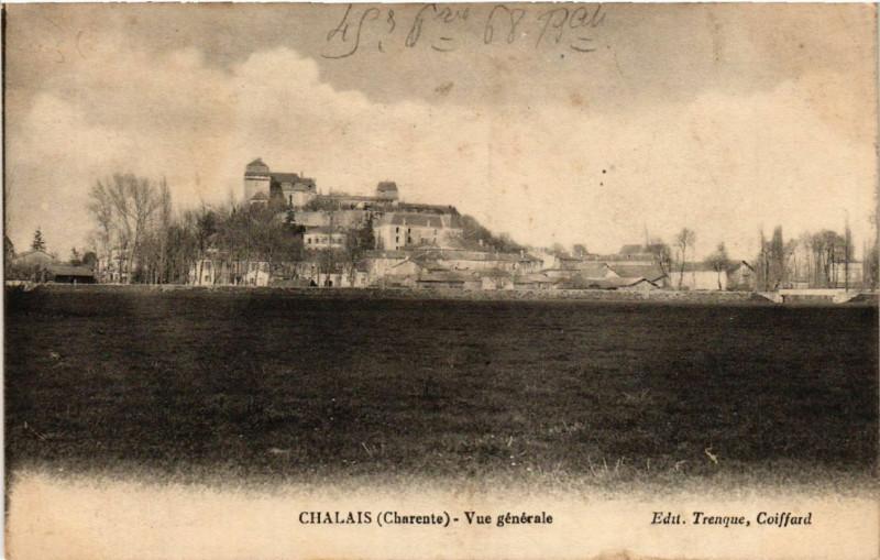 Carte postale ancienne Chalais (Charente) - Vue générale à Chalais