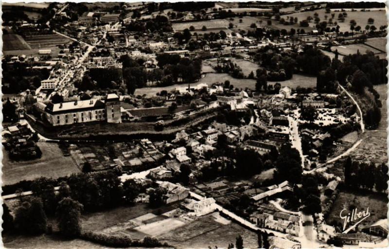 Carte postale ancienne Chalais Charente - Vue Panoramique à Chalais