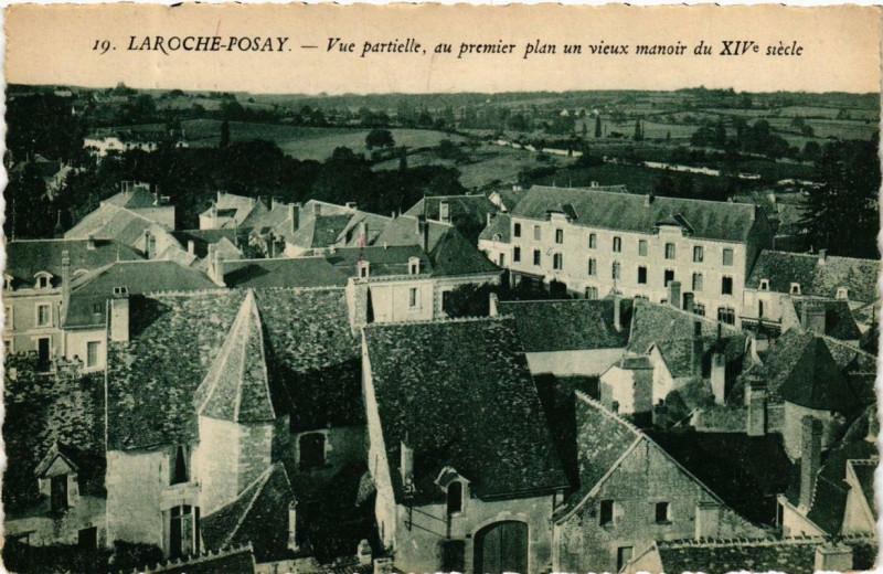 Carte postale ancienne La Roche-Posay Vue partielle, du premier plan un vieux manoir à La Roche-Posay