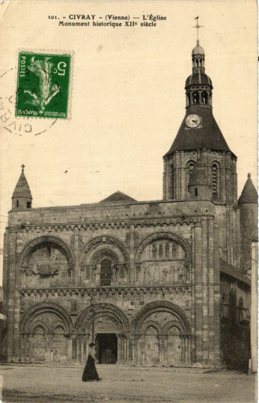 Carte postale ancienne Civray - L'Eglise à Civray