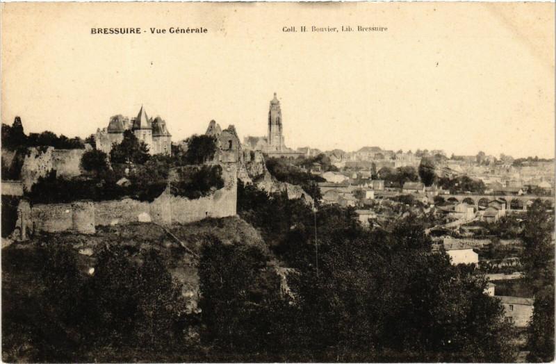 Carte postale ancienne Bressuire - Vue générale à Bressuire