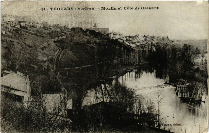 Carte postale ancienne Thouars - Moulin et Cote de Crevant à Thouars