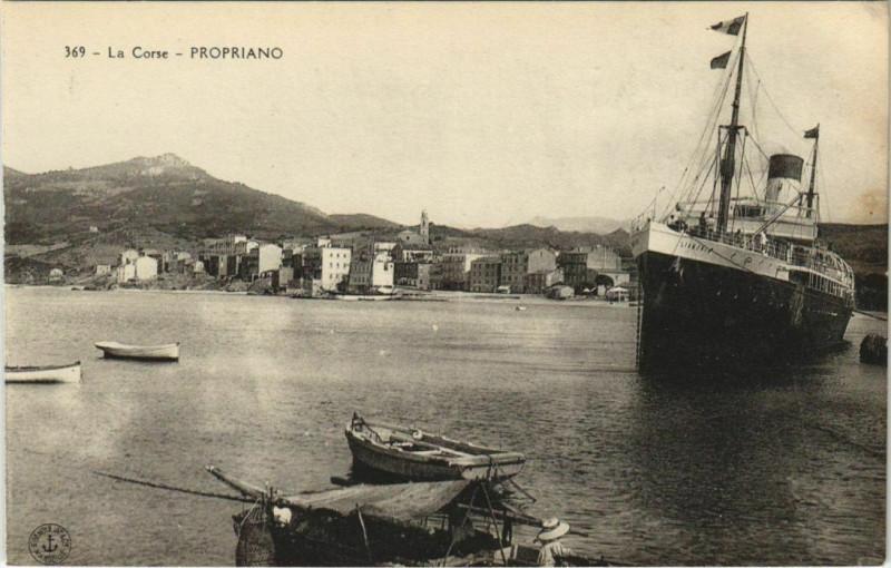 Carte postale ancienne Propriano - General View with a Ship Corsica - Corse à Propriano