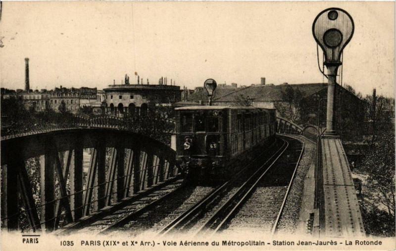 Carte postale ancienne Voie aérienne du Métropolitain - Station Jean-Jaurès - La Rotonde à Paris 19e