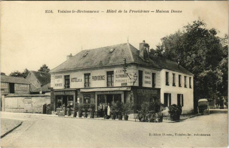 Carte postale ancienne Hôtel de la Providence - Maison Dosne à Voisins-le-Bretonneux