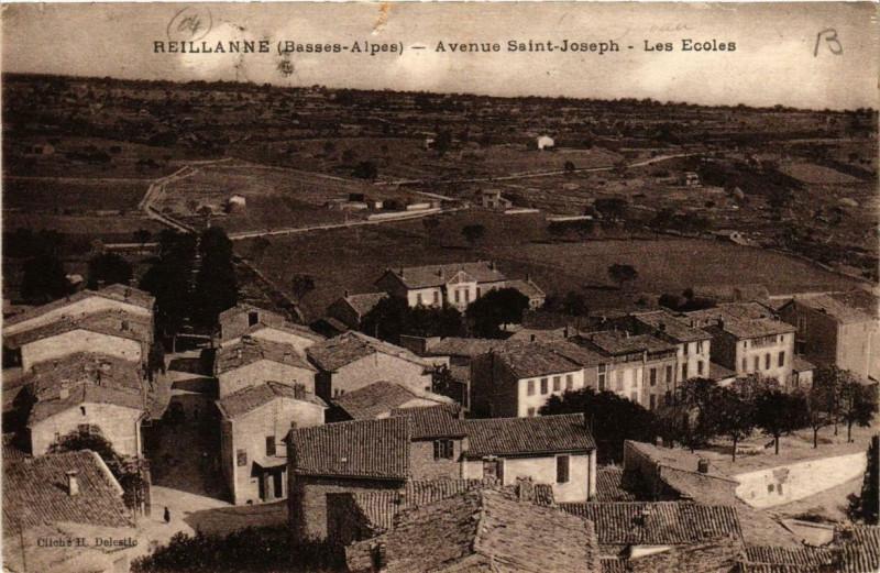 Carte postale ancienne Reillanne Avenue Saint-Joseph Les Ecoles à Reillanne