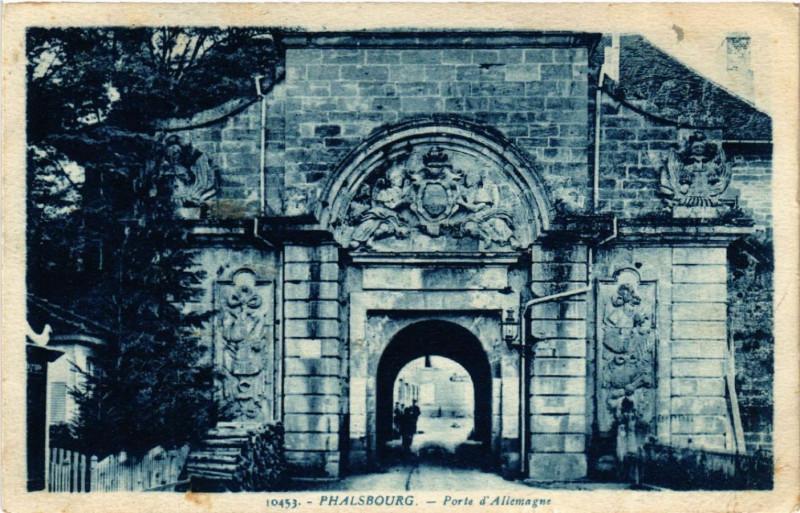 Carte postale ancienne Phalsbourg - Porte d'Allemagne à Phalsbourg