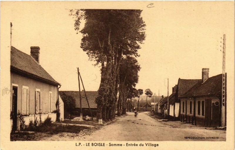 Carte postale ancienne Le Boisle - Somme - Entrée du Village au Boisle