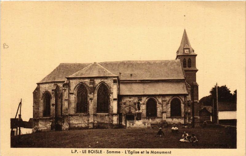 Carte postale ancienne Le Boisle - Somme - L'Eglise et le Mon. au Boisle