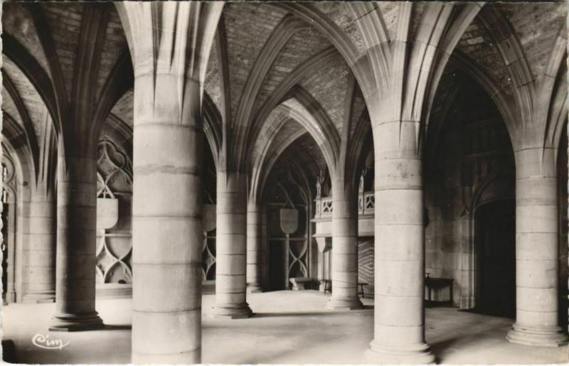 Carte postale ancienne Cubry Interieur du Chateau de Bournel - Le Grand Vestibule à Cubry