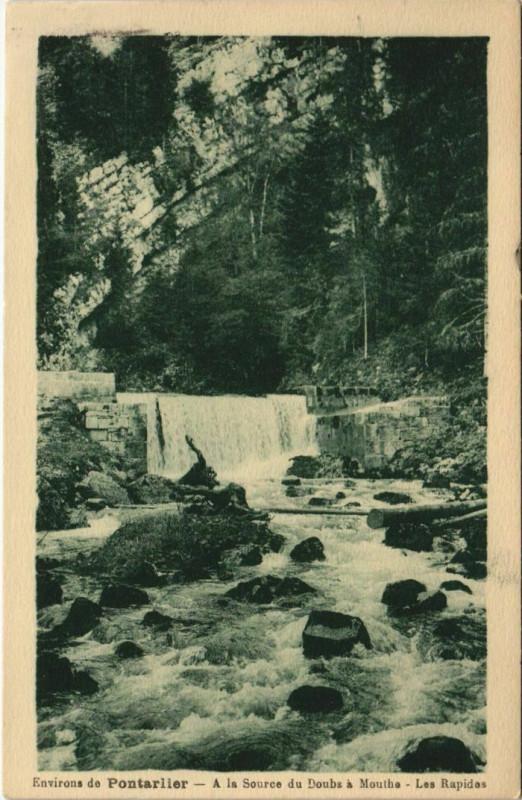 Carte postale ancienne Mouthe A la Source du Doubs a Mouthe - Les Rapides à Mouthe