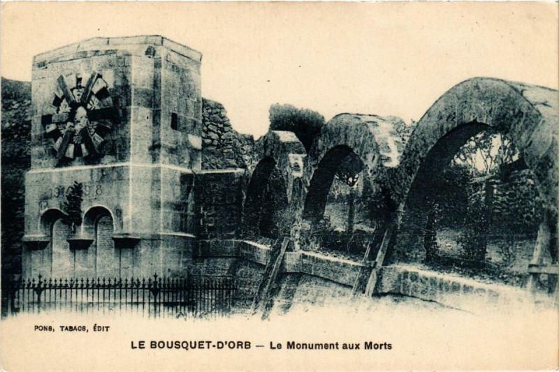Carte postale ancienne Le Bousquet d'Orb Le Monument aux Morts au Bousquet-d'Orb