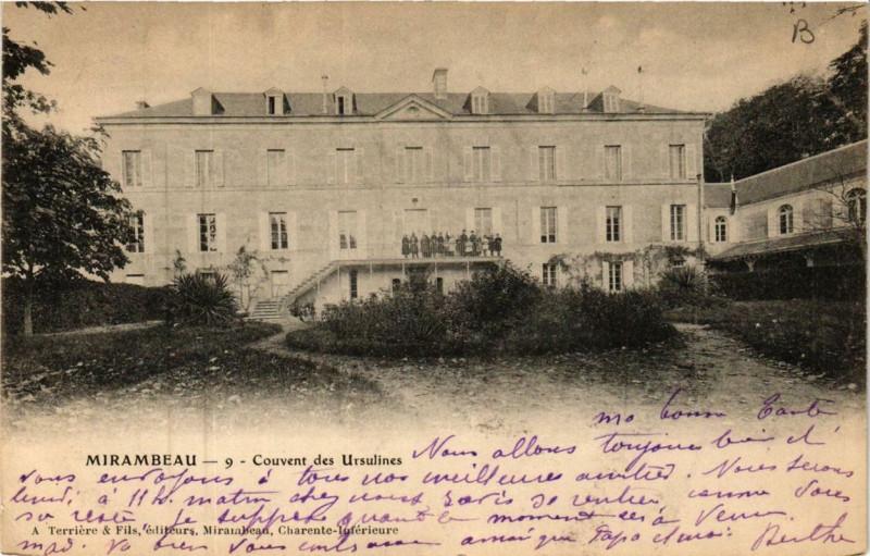 Carte postale ancienne Mirambeau Couvent des Ursulines à Mirambeau