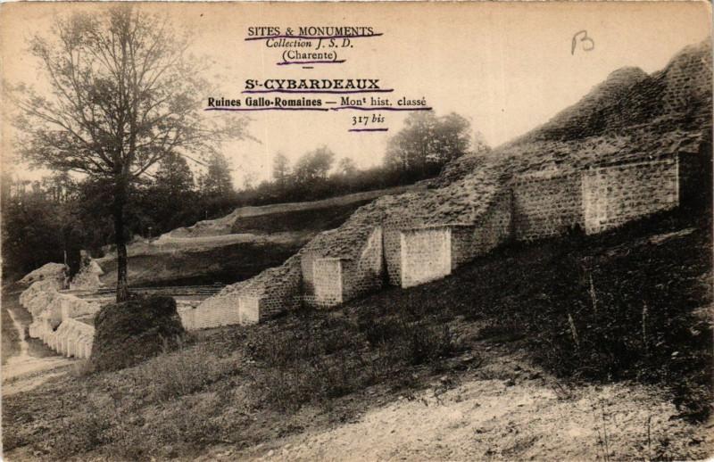 Carte postale ancienne - Saint-Cybardeaux - Ruines Gailo-ROMAINes à Saint-Cybardeaux