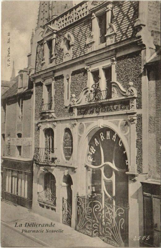 Carte postale ancienne Pharmacie Nouvelle à Douvres-la-Délivrande