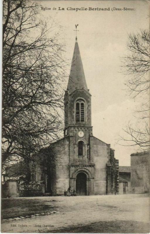 Carte postale ancienne La Chapelle-Bertrand Eglise de La Chapelle-Bertrand à La Chapelle-Bertrand