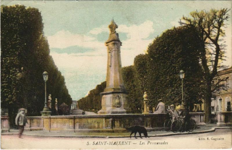 Carte postale ancienne Saint-Maixent-l'Ecole Les Promenades à Rom