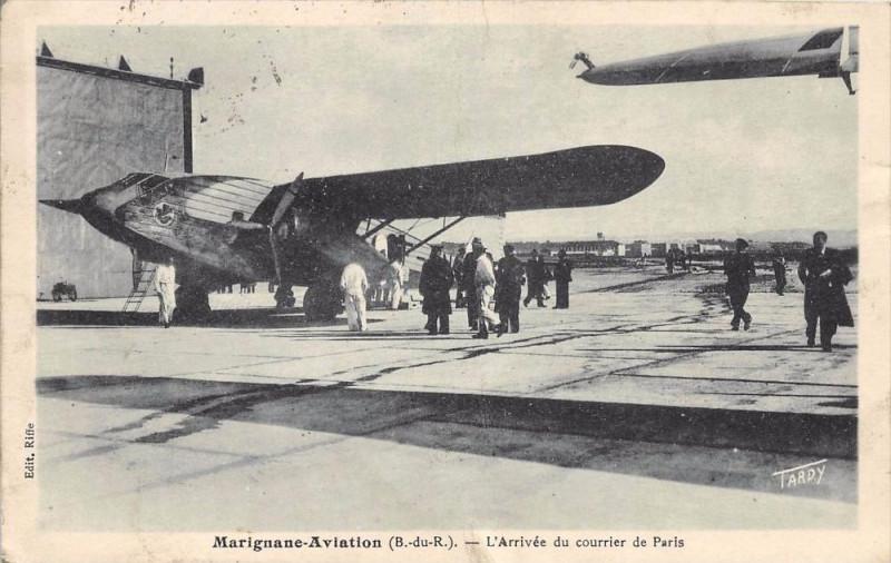 Carte postale ancienne 13 Marignane Aviation L'Arrivee Du Courrier De Paris (cliché pas courant à Marignane
