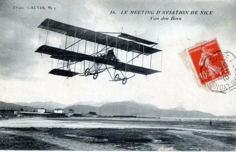 Carte postale ancienne 06 Le Meeting d'Aviation de Nice Van Den Born