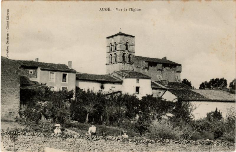 Carte postale ancienne Vue de l'Eglise à Augé
