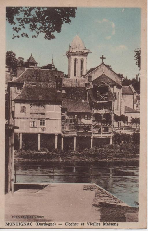Carte postale ancienne Montignac Clocher et vieilles maisons à Montignac